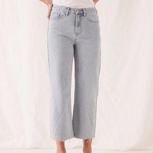 NWOT Wide leg crop jeans